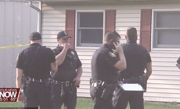 This image has an empty alt attribute; its file name is Police-outside-the-family-home-after-Mikki-Starr-was-shot-dead-by-her-husband-Zachary-Starr-in-Lima-Ohio-on-Sept-16-1.jpg