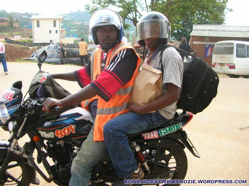 Komu w drogę, ten wsiada na motor. Do zobaczenia w obozie ;)