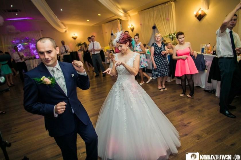 Zabawa na weselu trwała bez końca | Fotograf ślubny Konrad Żurawski