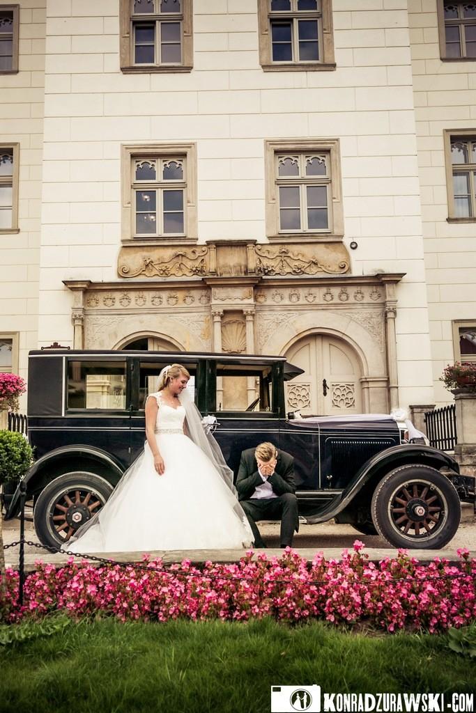 Ślub w Pałacu Wojanów to wzruszające wydarzenie - nawet dla Pana Młodego   Konrad Żurawski