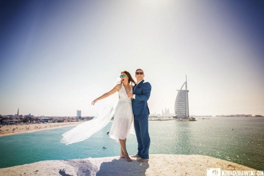 Sesja plenerowa w Dubaju z widokiem na Burdż al-Arab. W roli głównej Kamila i Kamil   fotograf ślubny Konrad Żurawski