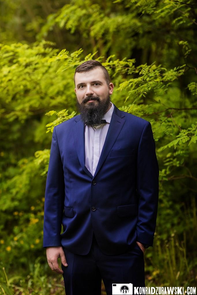 Marcin podczas sesji ślubnej - fotografia ślubna Legnica | Konrad Żurawski