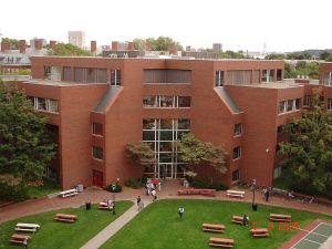 800px-Harvard_Kennedy_School_Littauer_Building