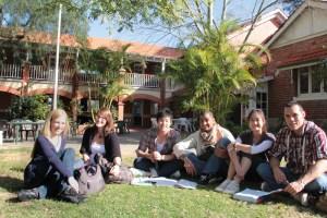 Perth-Phoenix-school-jardin