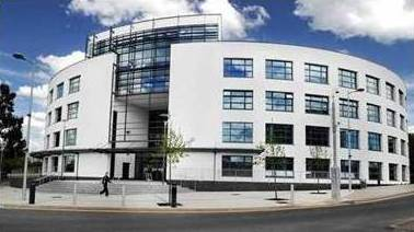 LIBT-Brunel-University-London-BEST-BUSINESS-SCHOOL-OF-THE-YEAR-Outer-Building
