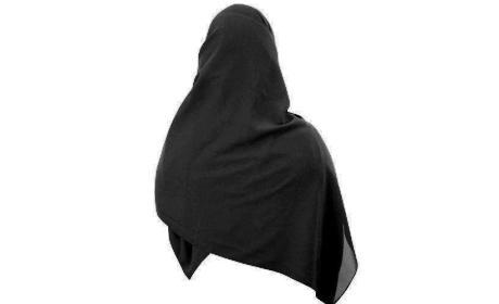 wanita muslimah berjilbab