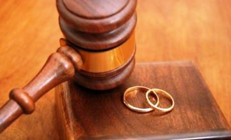 hukum nikah siri tanpa diketahui istri pertama dalam islam