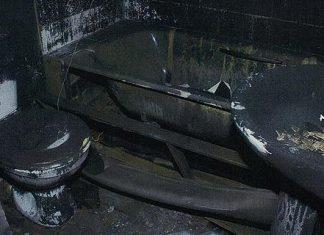 kamar mandi horor