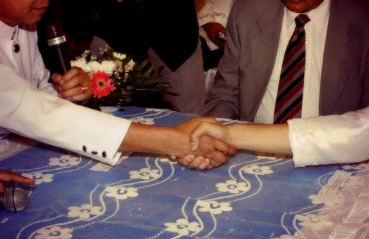 menikah setengah agama