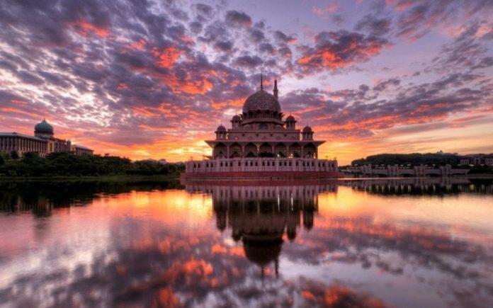gambar masjid malaysia