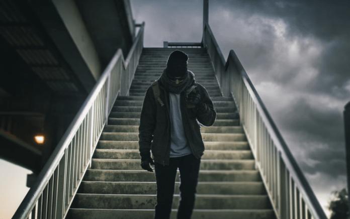 doa naik turun tangga rumah