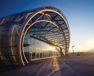 Red_Bull_Hangar_7-architecture-kontaktmag-19