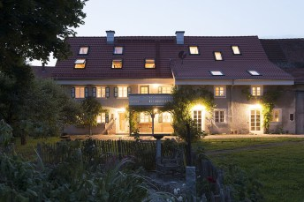 moorenweis_farmhouse_renovation-interior_design-kontaktmag18