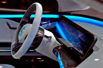 Mercedes_Benz_concept_EQ-industrial_design-kontaktmag-11