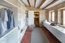 Girona_Farmhouse-interior_design-kontaktmag-01