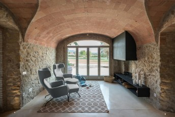 Girona_Farmhouse-interior_design-kontaktmag-10