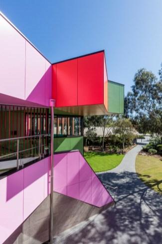 Ivanhoe_Grammar_School-architecture-kontaktmag-10