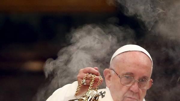 PapaFrancisco-Exorcismo-Davos