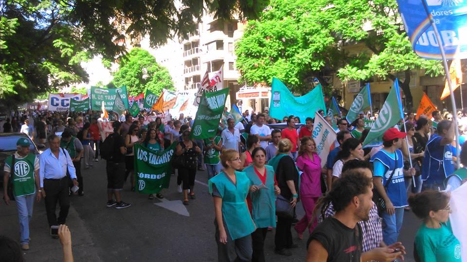 Paro-Movilizacion-24defebrero-contra-Macri-028Cordoba