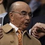 Derrota para el magnate inglés Joe Lewis: declaran ilegal el loteo en la reserva de El Bolsón