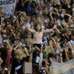 Cristina dura contra el gobierno: «Cuando haya que pagar los intereses de la deuda la primera guita que manotearán es la de los jubilados»