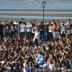 Cristina con estudiantes: «¿Acaso quieren que los argentinos seamos solo burros de carga? Eso no es vivir, es sobrevivir»