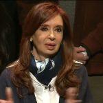 De manual: en medio de devaluación récord (dólar a $25,50), el Poder Judicial procesó a Cristina Kirchner por la causa Hotesur