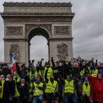 """Chalecos amarillos: """"hoy no hay más derecha ni izquierda: sólo el pueblo contra la élite"""". Por Alfredo Jalife-Rahme"""