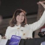 CFK le respondió a Macri y propuso un «nuevo contrato social» citando el Pacto Social de Perón y Gelbard, con fuerte mercado interno. Rescató el proteccionismo de Trump