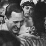 """Evita en palabras de Perón: """"Mientras yo ponía los ladrillos, ella abrigaba a los que estaban afuera para que no murieran de frío"""""""