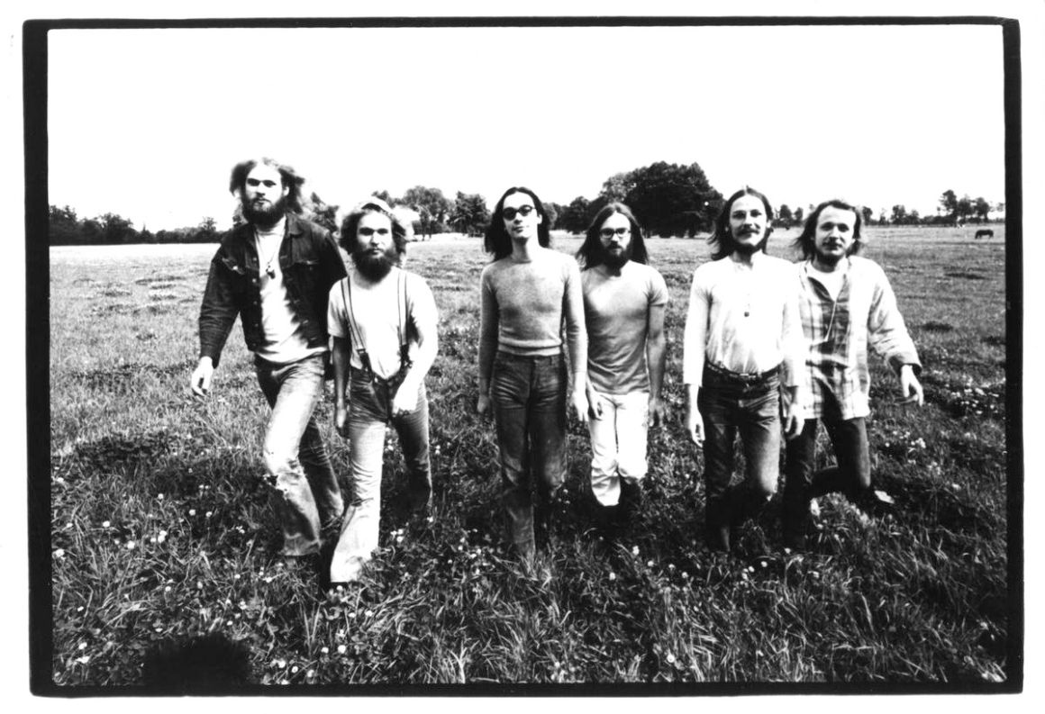 1971 Polydor press shot (credit Universal Music)1200