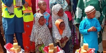 Laimaru Foundation (19 Jan 19) - Families receive aid relief