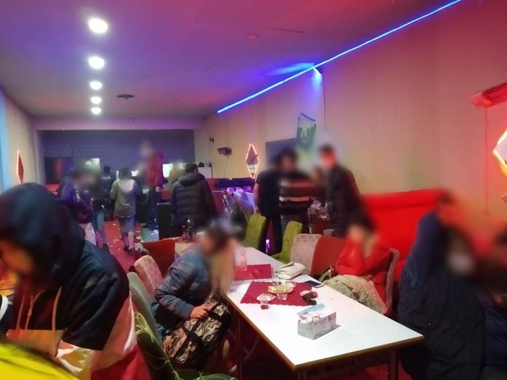 Konya'da eğlence mekanındaki 92 kişiye ceza