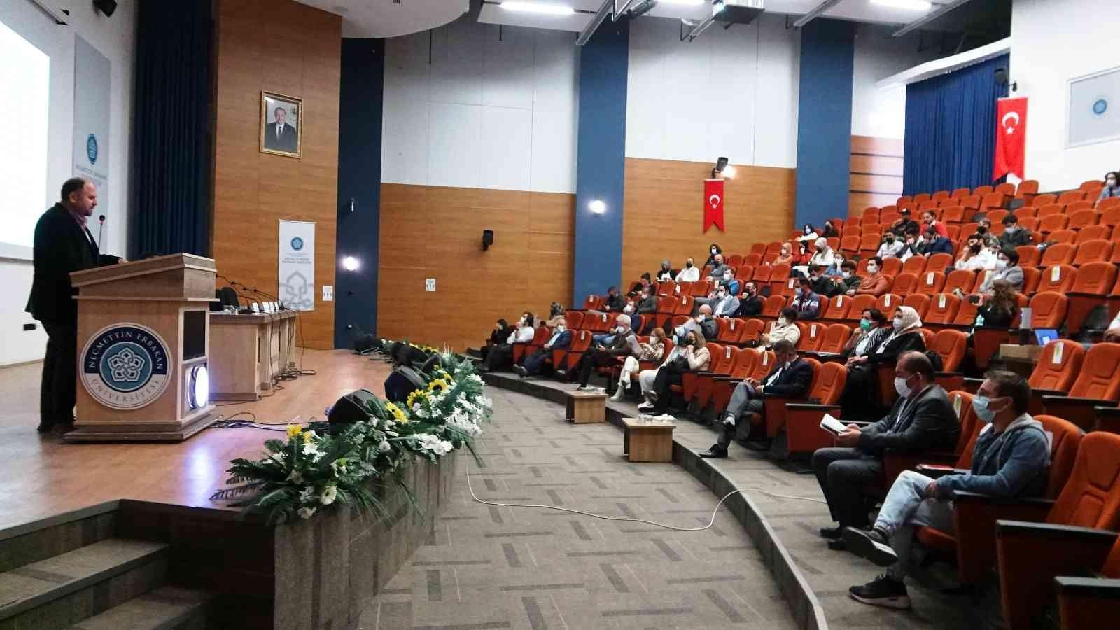 """Doç. Dr. Seçkin: """"3 yıllık süreçte Altınova'nın taramasını gerçekleştirdik"""""""
