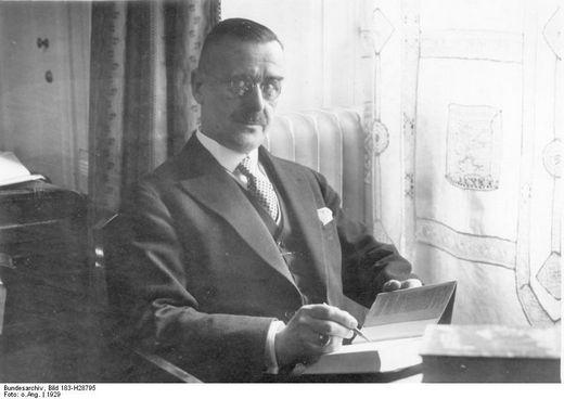 Thomas Mann 1929-ben; forrás: wikipedia