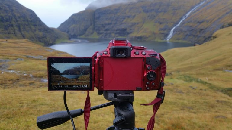 Why You Should Get Revolutionary & Helpful Tripod Right Now
