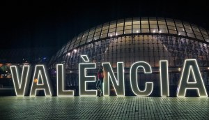10 Authentic Reasons to Visit Wonderful Valencia in Spain