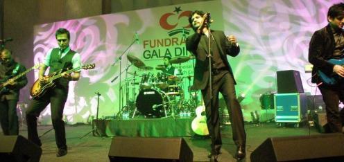 Strings at Shaukat Khanum Charity Fundraiser in Dubai (4)