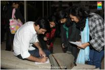 Fawad Khan Meets The Fans of Zindagi Gulzar Hai (19)