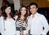 Launch of Hadiqa Kiani Fabric World (7)