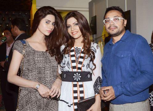 Launch of Hadiqa Kiani Fabric World (9)