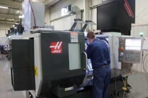 descargar 300x200 - Koops agrega un torno CNC a su departamento de mecanizado