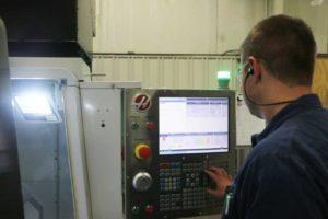 Torno cnc koops 2 300x200 - Koops agrega un torno CNC a su departamento de mecanizado