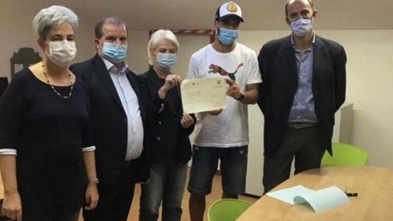 سواريز يتسبب بإيقاف رئيس جامعة إيطالية