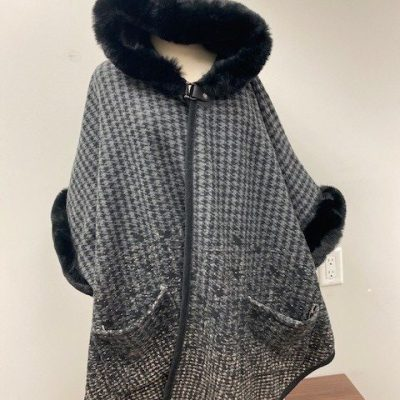 Soft and Cozy Hooded Cloak