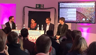 """Blogs – Die Zukunft der fachlichen Sportberichterstattung?"" Mathias Liebing, Stefanie Fiebrig, Marco Fenske, Matthias Frickel; Love Out Loud – Republica 2017"