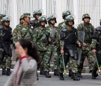 Китай держит в концлагерях три миллиона человек - США
