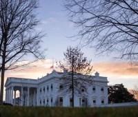 Белый дом отказался от участия в слушаниях по импичменту