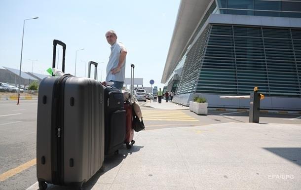 Kuleba told where Ukrainians can fly on vacation