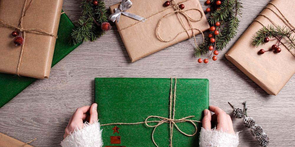 Kora Sustainability Blog - 20 Sustainable gift ideas that are no compromise - Header Gift wrap